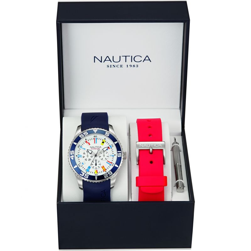 Mens Nautica NST07 Flag Box Set Watch