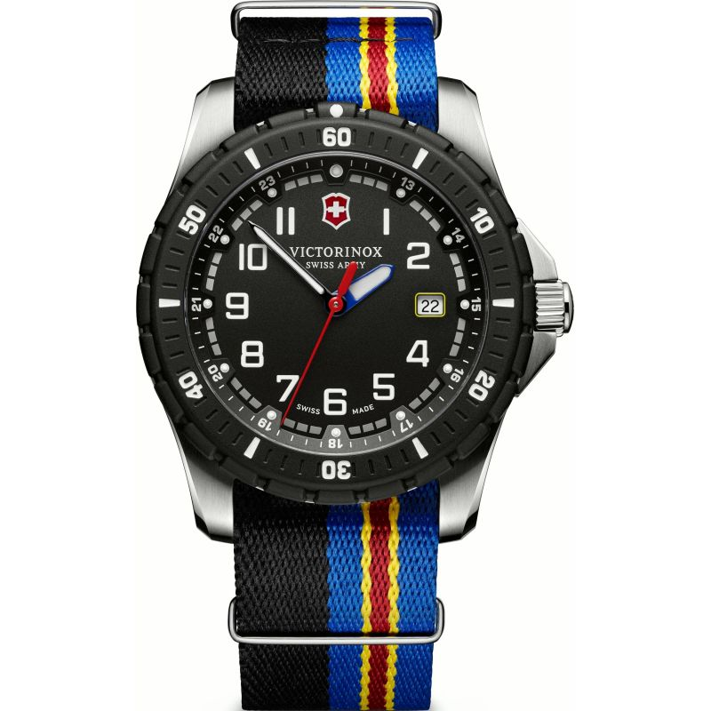 Mens Victorinox Swiss Army Maverick Sport Watch