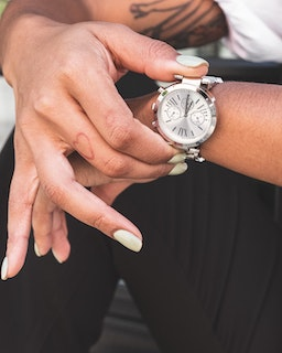 Best Women's Watches for Under £1000 – Our Top Picks
