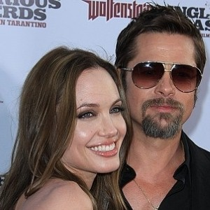Brad and Angelina wow at film premiere