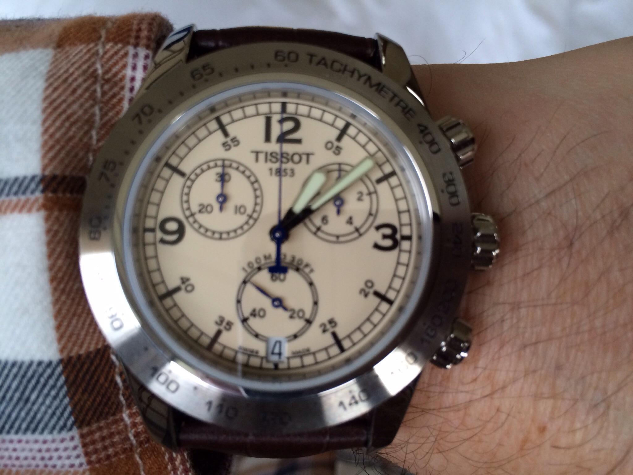 b1e708fb039 Gents Tissot V8 Chronograph Watch (T36131672)