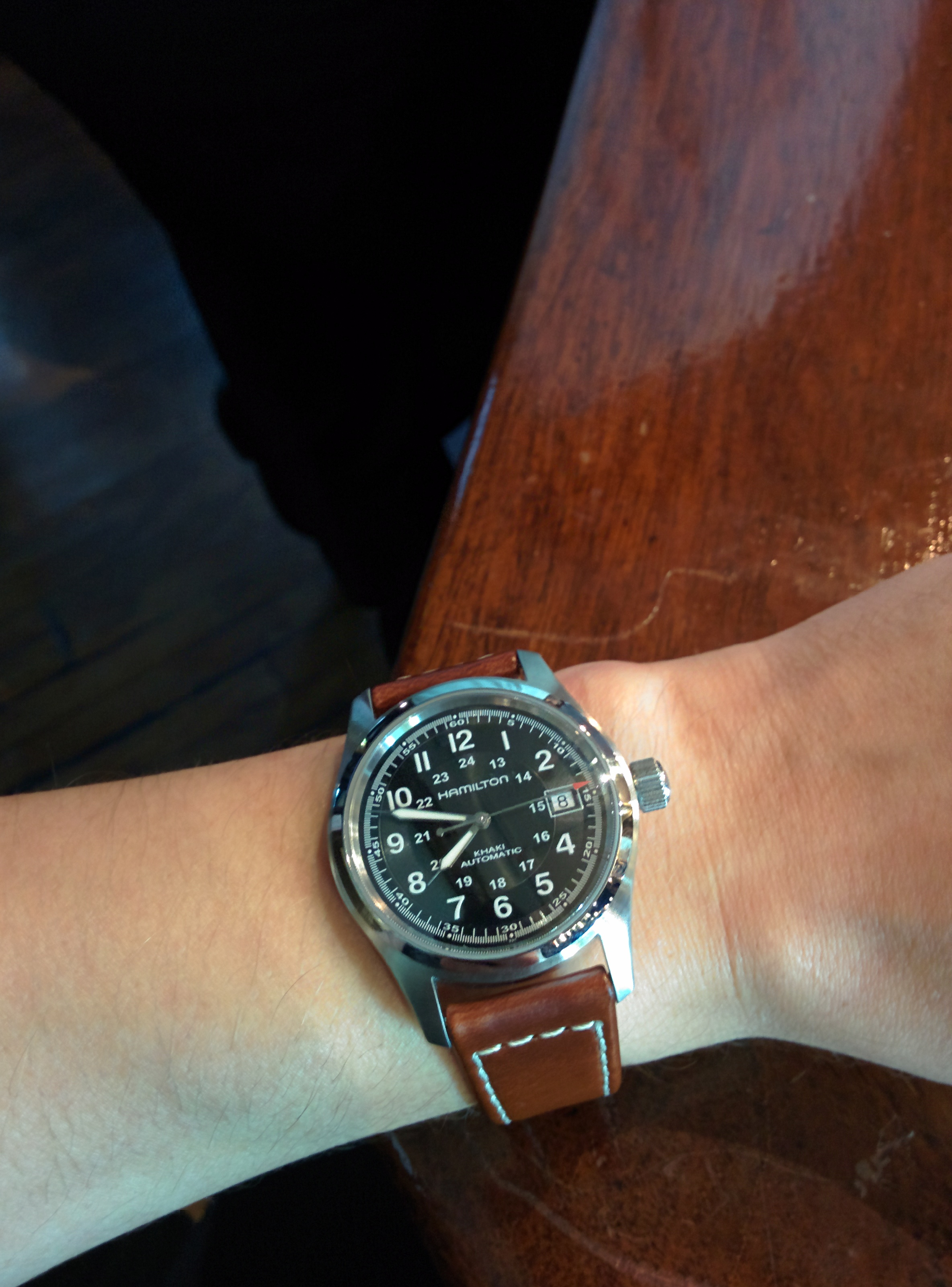 7ece5b84b The bezel and the leather are very well finished. Just watch out for the  size, this watch is quite small so it fits people with very small wrists  skinny, ...