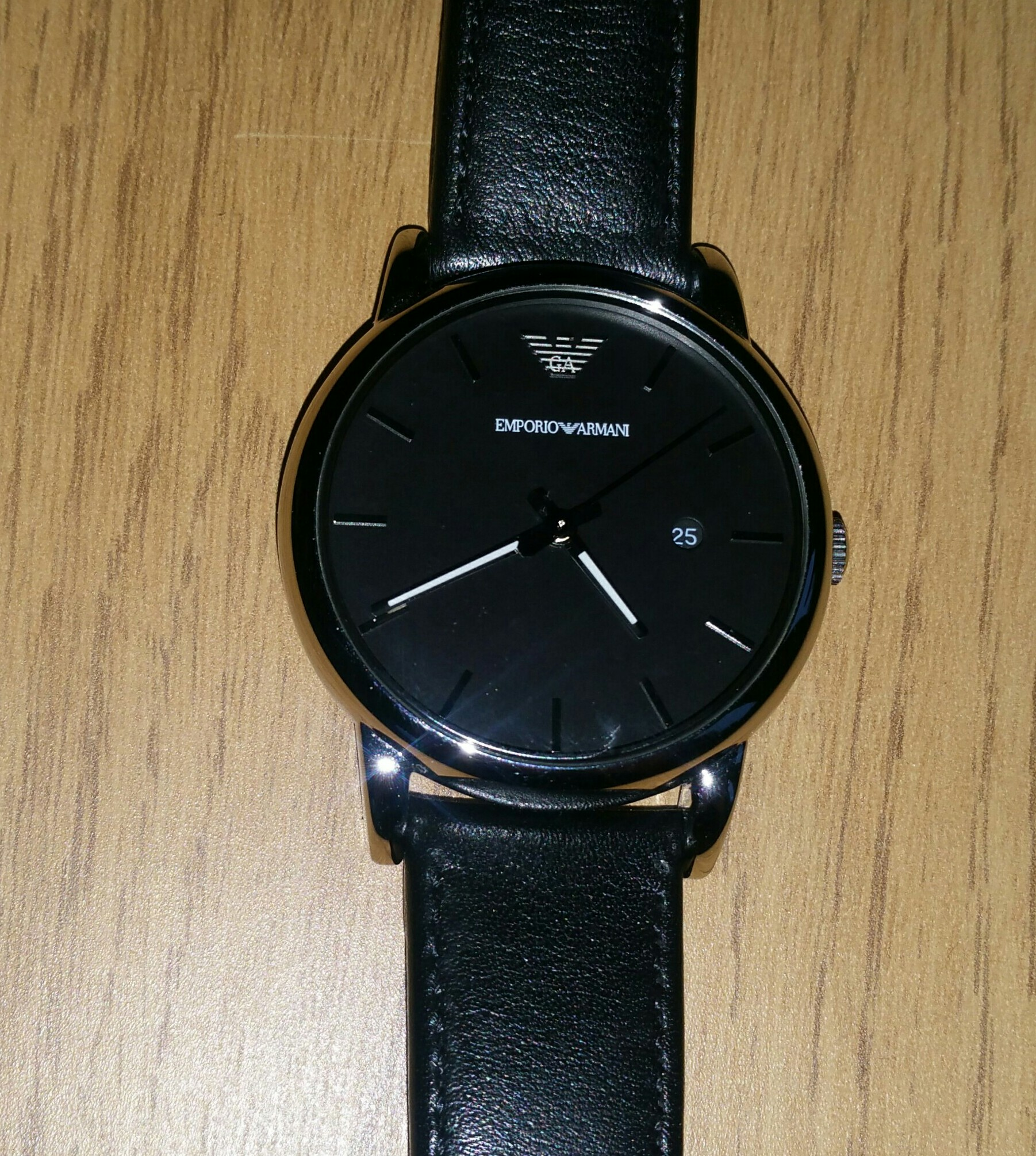 ffd1975be6d0 I purchased this watch as an extra Xmas present for my 15 year old son. He  loved it. It has a plain black leather strap which is just nice and simple  and ...