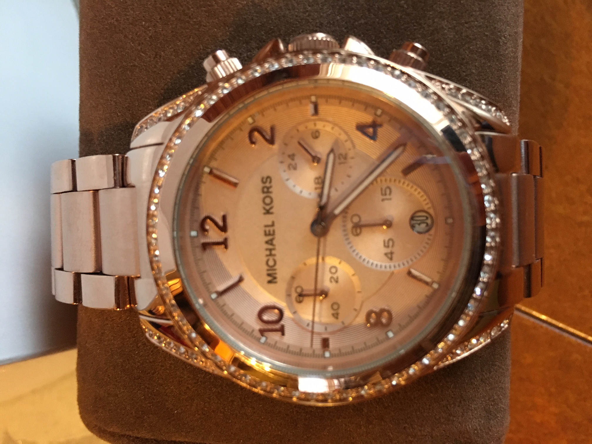c844478ae8cd She love the rose gold color. The next day delivery to Slovenia. Very good  service with Price Match.