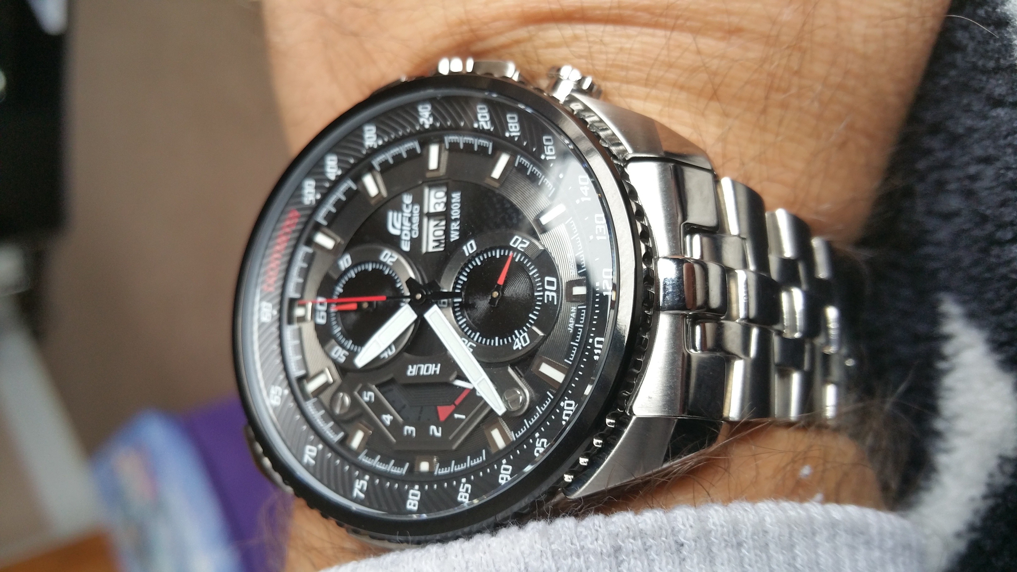 7268cddd1 Gents Casio Edifice Chronograph Watch (EF-558D-1AVEF) | WatchShop.com™