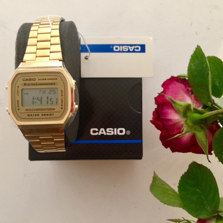 45dfc308bd2f Unisex Casio Classic Leisure Alarm Chronograph Watch (A168WG-9EF ...