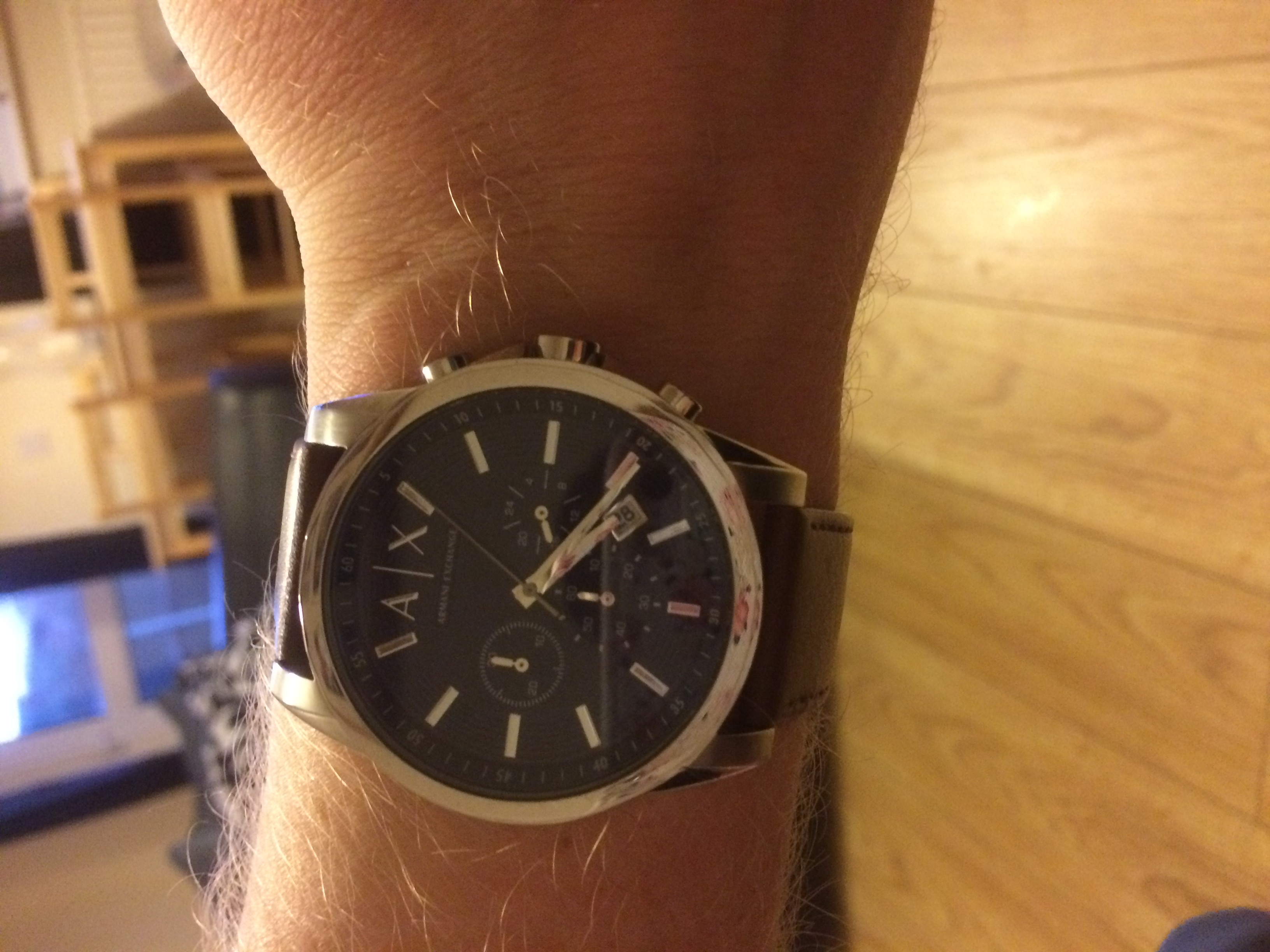 Got this watch for my husband for Christmas. He has wanted one for a while  and after shopping around I found the watch shop the cheapest around. 5a5ac8986e04d