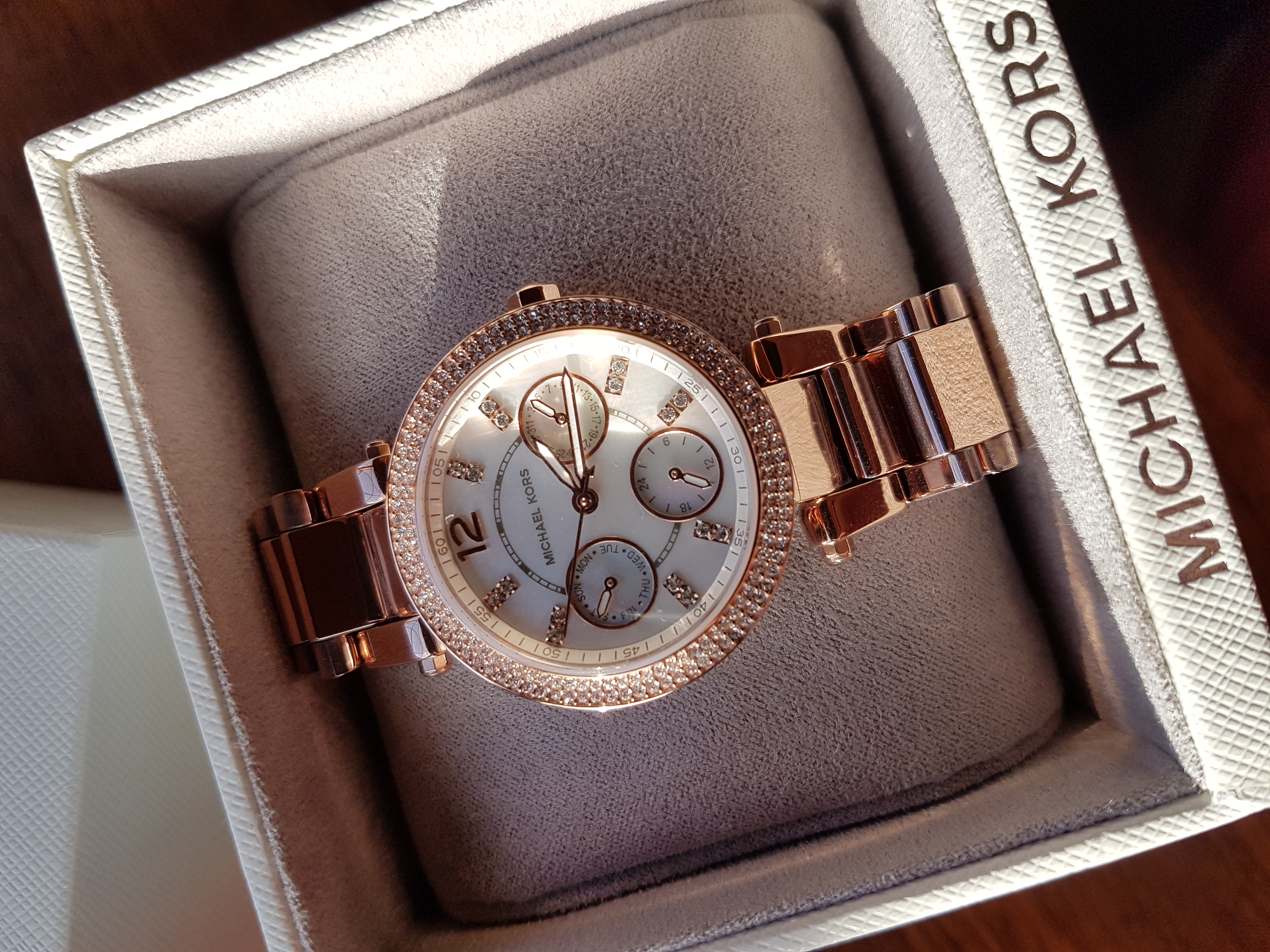9947d403d8d1 This watch is absolutely perfect! As I have a small wrist