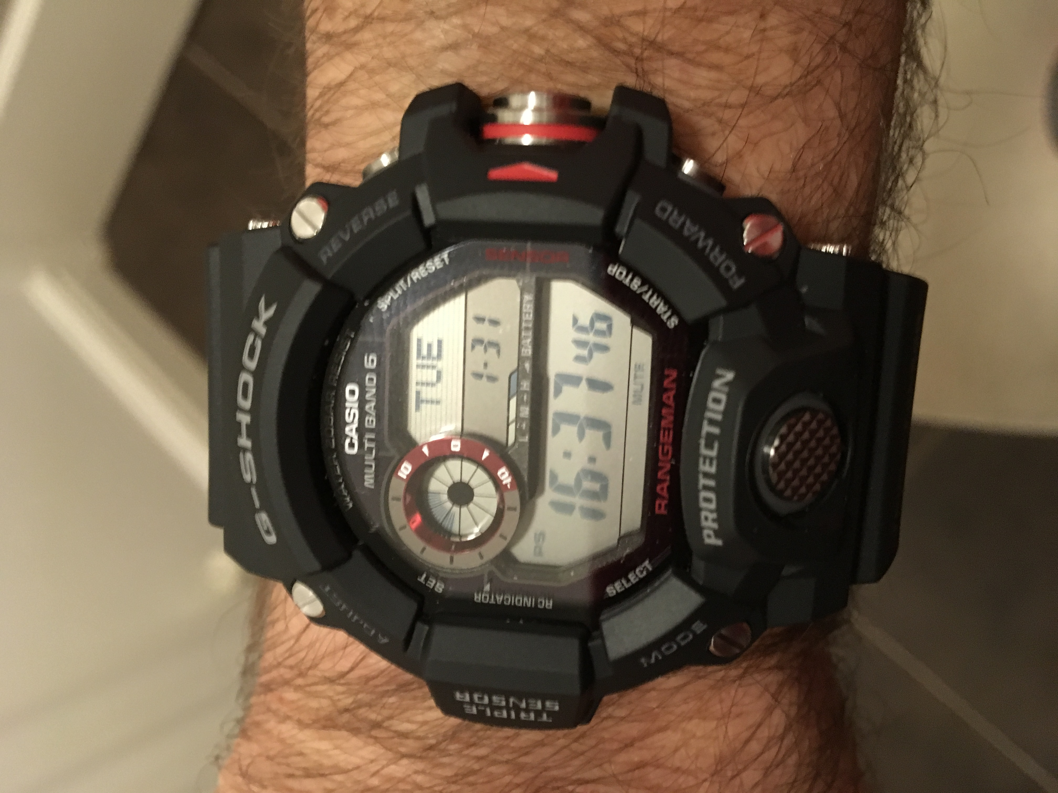 7bbaf92c5d1 Great watch with all the features you may ever need when outdoors. Its a  nice size for a male as you will see on the attached picture.