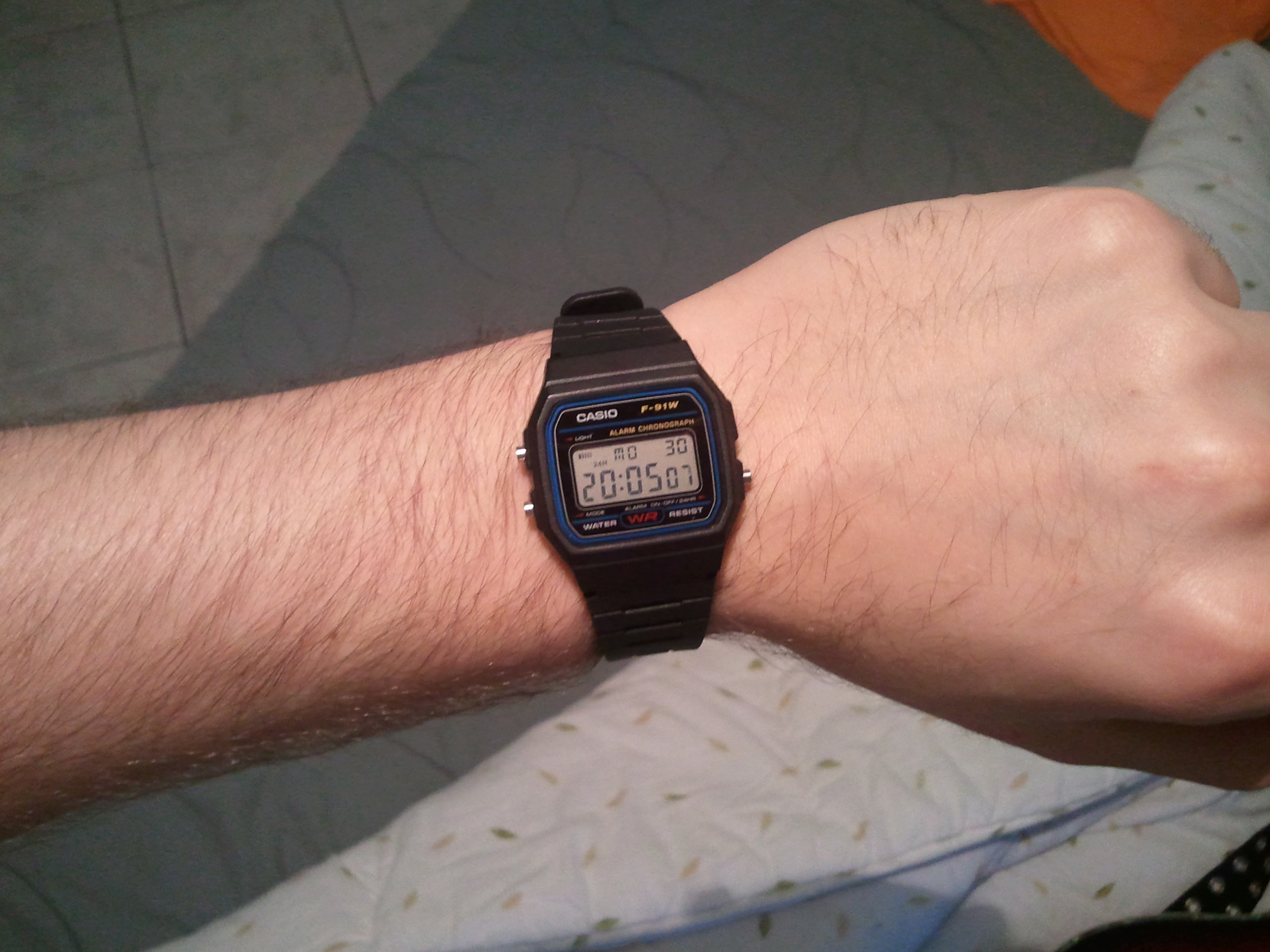 b12e05d47 Unisex Casio Classic Alarm Chronograph Watch (F-91W-1XY) | WatchShop.com™