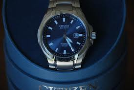 399aa9978 The Mens CITIZEN TITANIUM ECO-DRIVE Watch BM7170-53L came well presented in  a blue cylindrical box with the watch title and make printed on the outside.