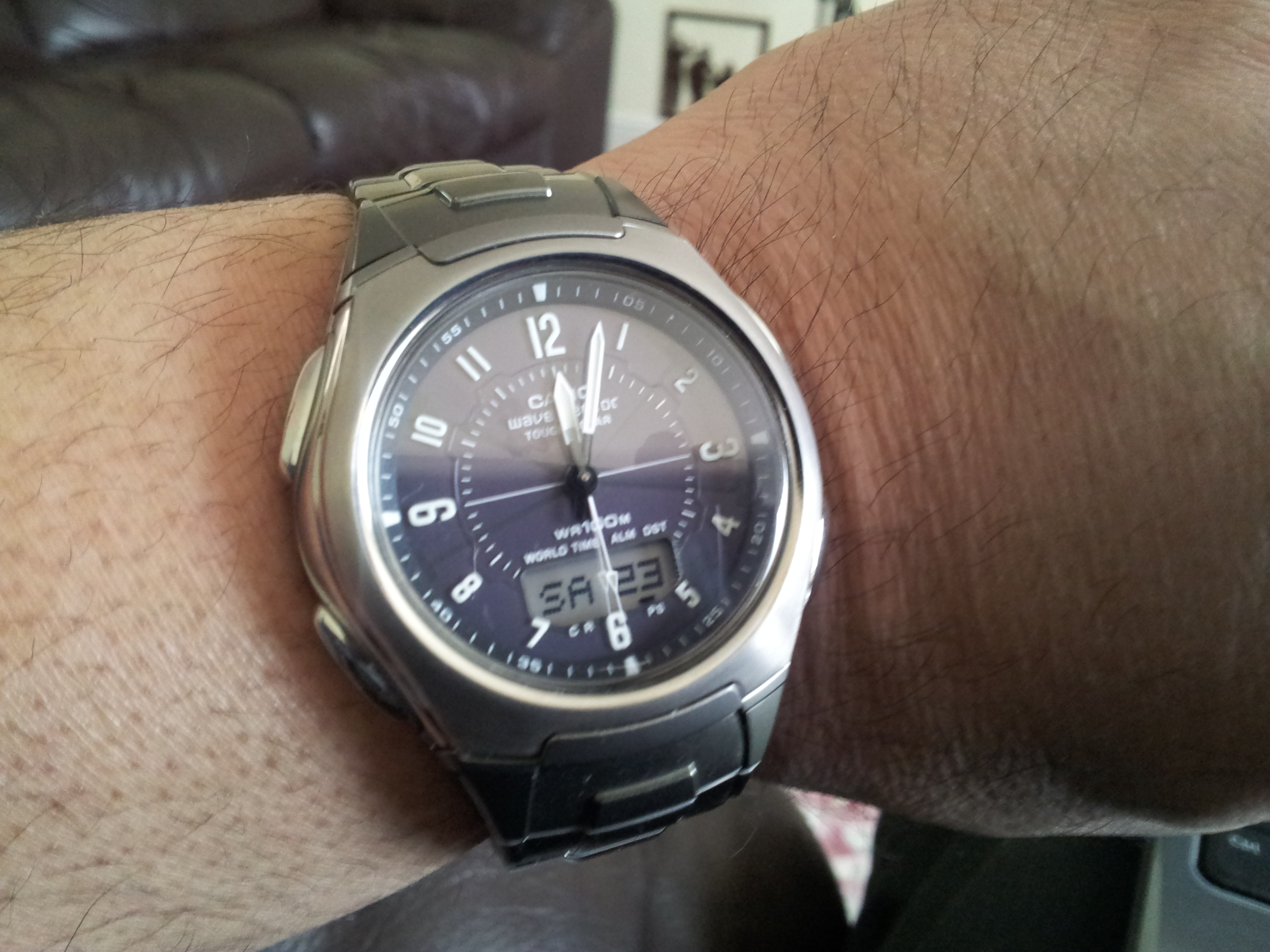 My previous watch was a Wave Ceptor WVA-430DU-1AVER which I have had for  over 10 years and not been any problem until recently so I already knew  which type ...