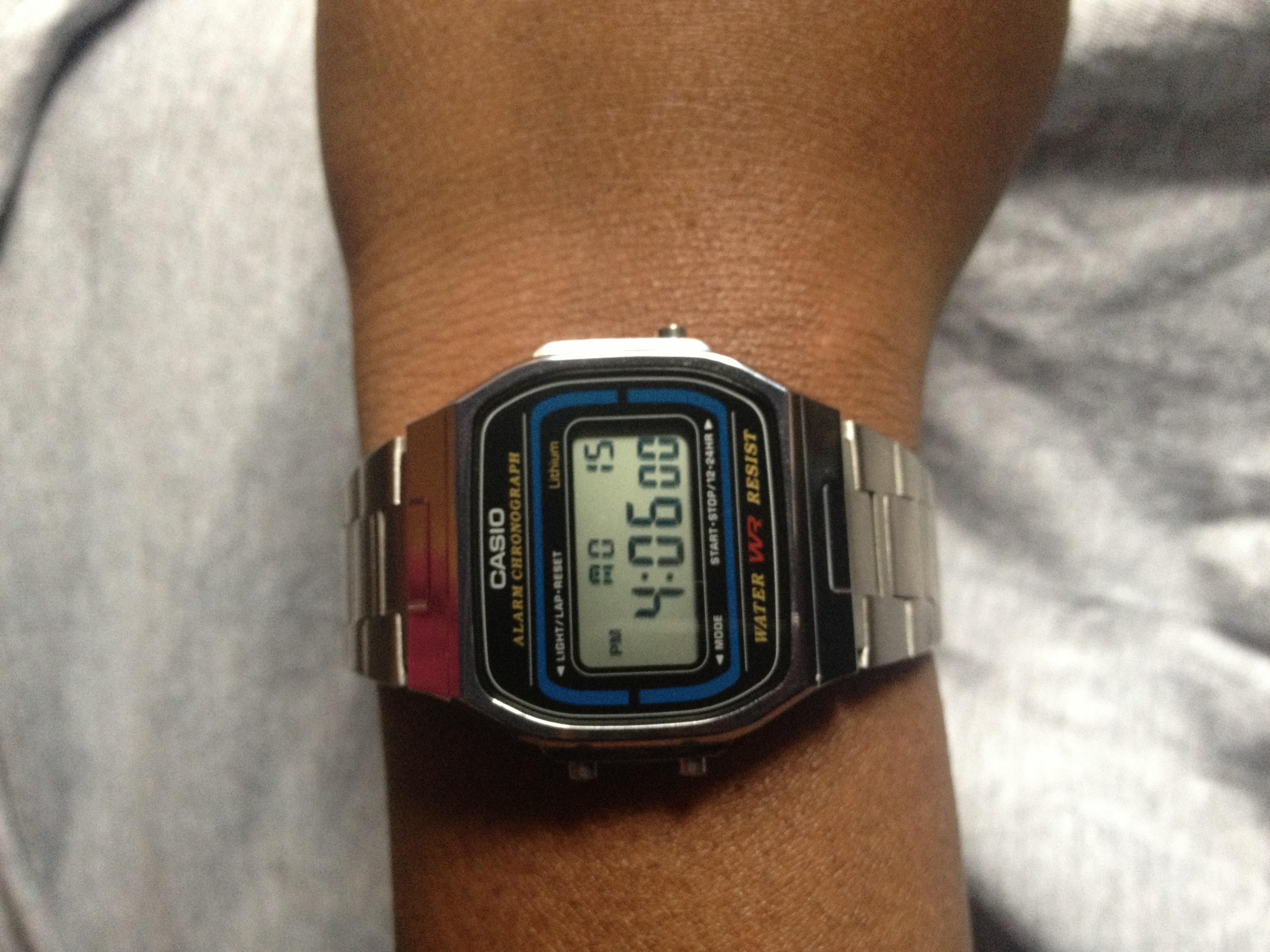 162cd121eff Unisex Casio Classic Alarm Chronograph Watch (A164WA-1VES ...
