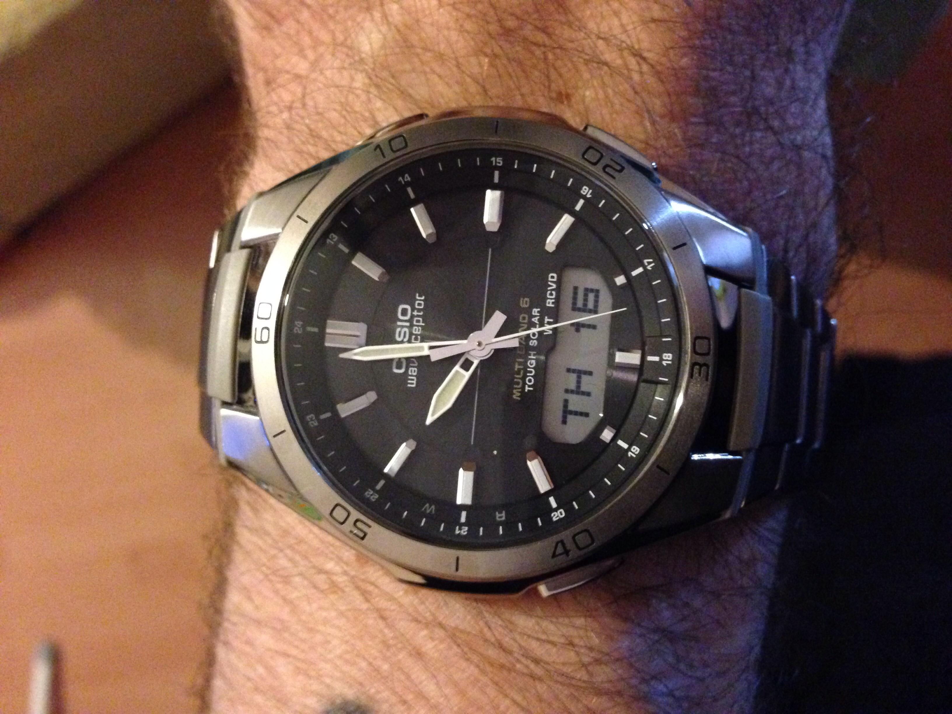 Gents Casio Waveceptor Alarm Chronograph Watch (WVA-M640TD-1AER ... acd80fe22b