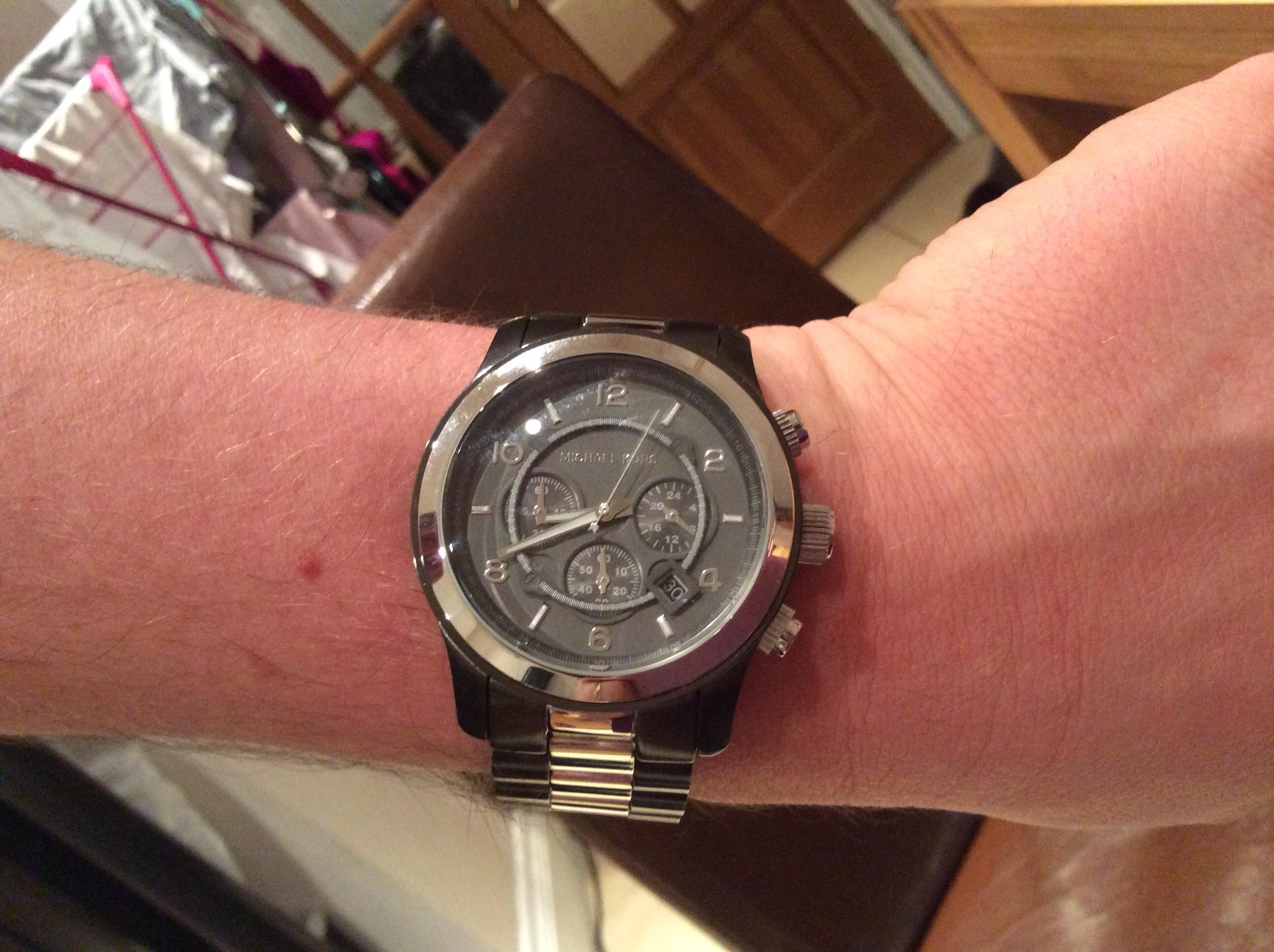 c7c2ab2cf656 Gents Michael Kors Runway Chronograph Watch (MK8182)