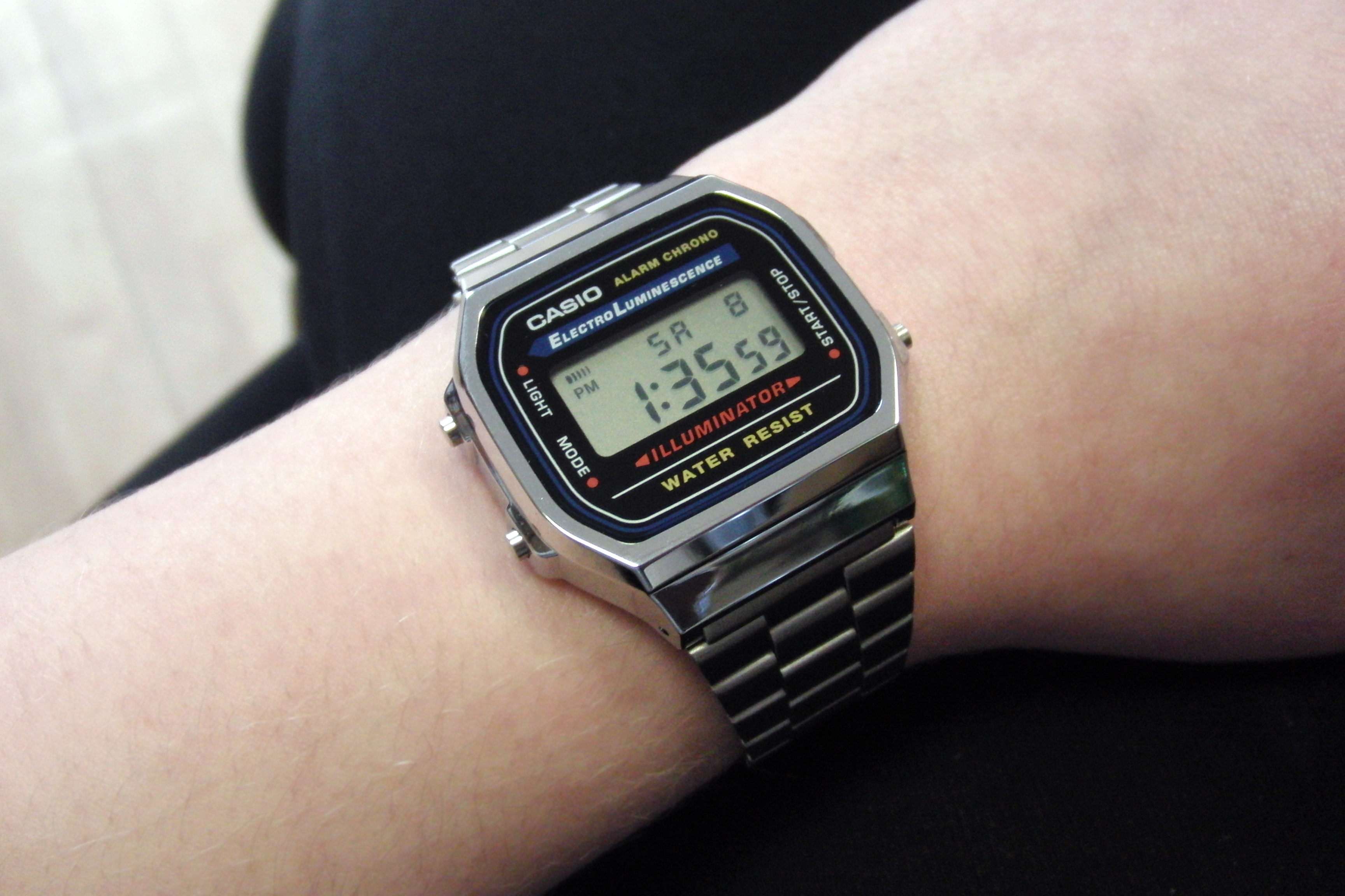 298df216942 Unisex Casio Classic Alarm Chronograph Watch (A168WA-1YES ...