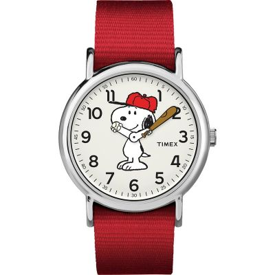 Timex Weekender Timex x Peanuts Snoopy Unisexuhr in Rot TW2R41400