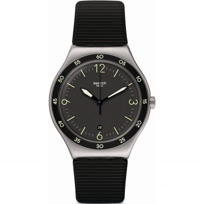Swatch Essentials Aug 2020 Black Suit Big Classic Herrenuhr in Schwarz YWS454