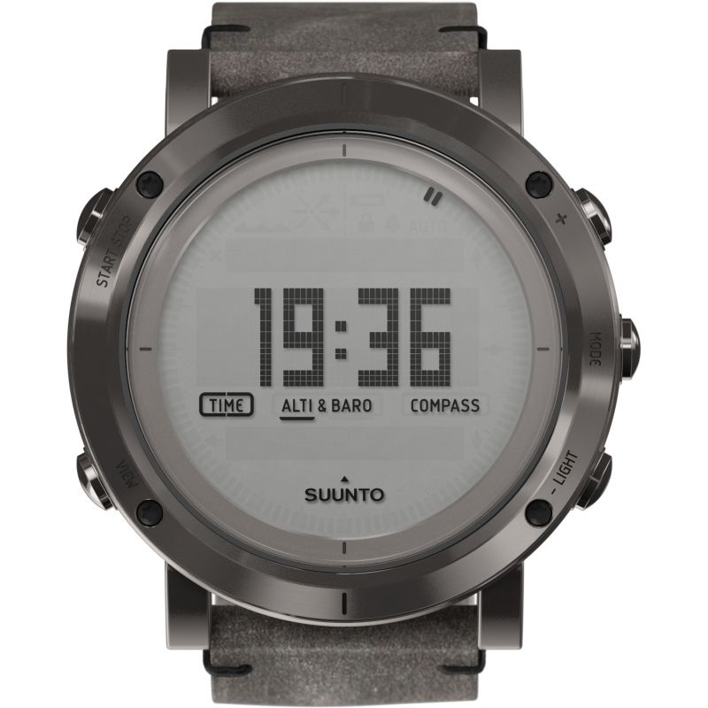 Mens Suunto Essential Altimeter Barometer Compass Alarm Chronograph Watch SS021216000