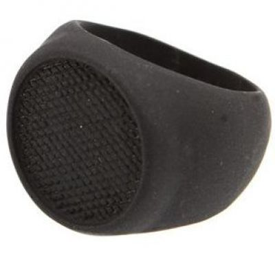 Biżuteria uniwersalne Icon Brand Jewellery Grip Step Ring Size Large P1167-R-BLK-LGE