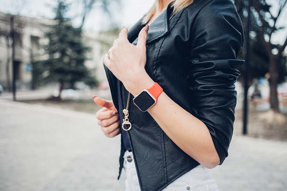 Top 5 Fashion Smart Watches to Compliment Your Look